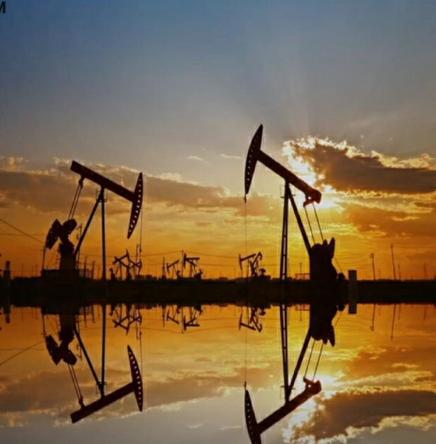 Oil prices extend gains after U.S. inventory drop